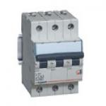 Автоматический выключатель трехполюсный 40А тип С ТХ³ 6000-10кА.